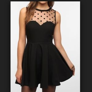 Coincidence Crepe Mesh Dot dress